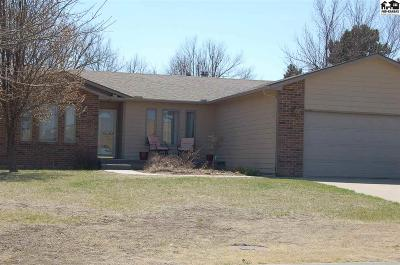 McPherson Single Family Home For Sale: 312 Wickersham Dr