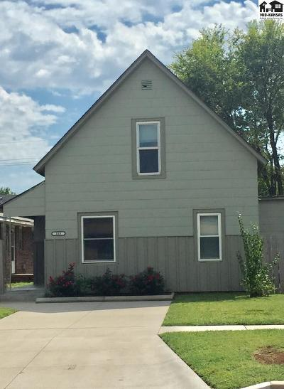 Hutchinson Single Family Home For Sale: 103 W 6th Ave