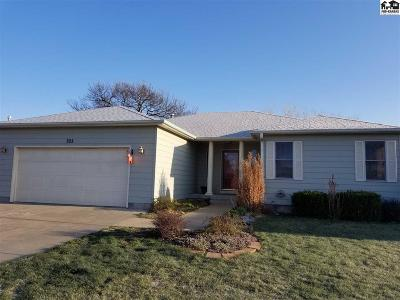 Lindsborg Single Family Home For Sale: 325 Cedar Circle