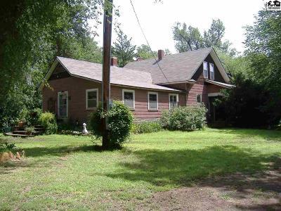 Pretty Prairie Single Family Home For Sale: 17915 S Dean Rd