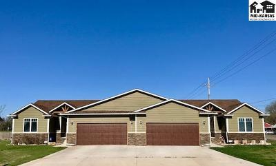 Reno County Multi Family Home For Sale: 2 Bluestem Dr