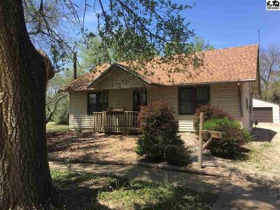 Rice County Single Family Home For Sale: 521 W Commercial