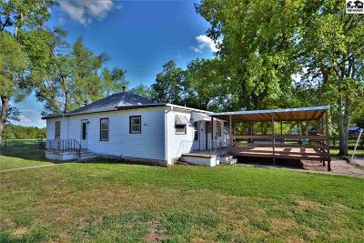 Little River Single Family Home For Sale: 330 E Kansas Ave