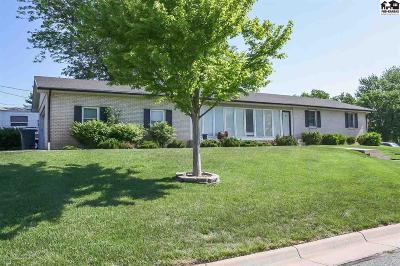 Pratt Single Family Home For Sale: 1220 E 5th St