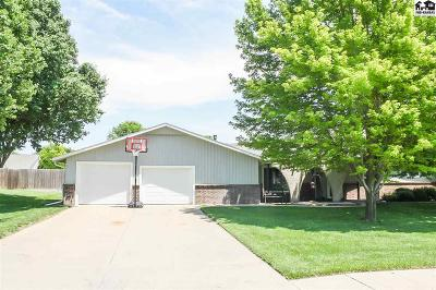 Pratt Single Family Home For Sale: 706 Ridgeway Ave