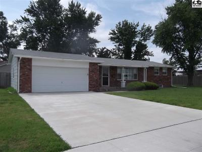 Reno County Single Family Home For Sale: 501 E 24th Ave