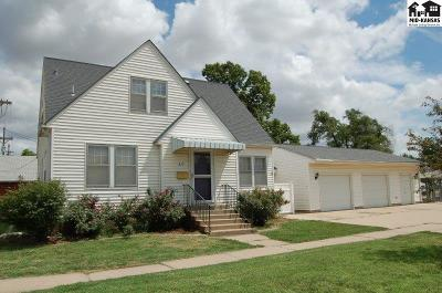 McPherson KS Single Family Home For Sale: $139,000