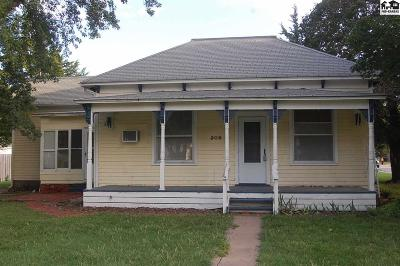 Inman Single Family Home For Sale: 209 E Gordon St