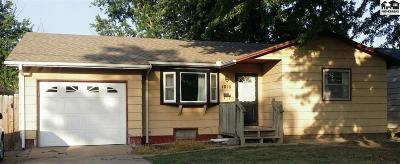 Hutchinson Single Family Home For Sale: 1016 N Cochran St