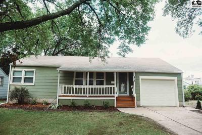 Harvey County Single Family Home For Sale: 215 Spruce St.