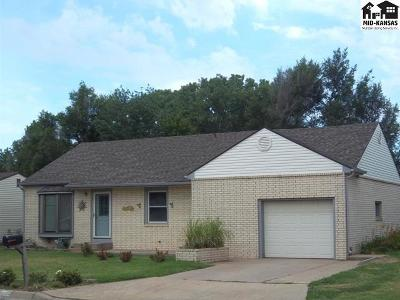 Reno County Single Family Home For Sale: 1405 N Cochran St