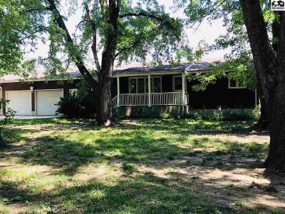 Moundridge Single Family Home For Sale: 618 E Cole St