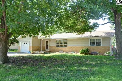 McPherson KS Single Family Home For Sale: $159,900