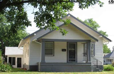 Hutchinson Single Family Home For Sale: 100 W 15th Ave