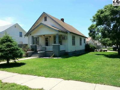 Pretty Prairie Single Family Home For Sale: 207 S Ash St