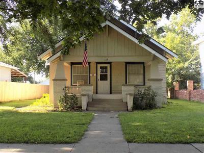 Hutchinson Single Family Home For Sale: 109 E 16th Ave