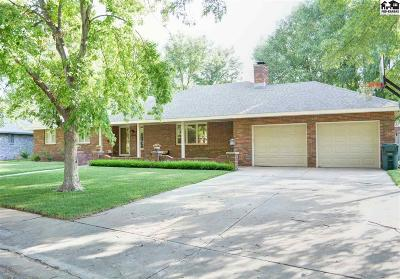 Hutchinson Single Family Home For Sale: 2607 Westminster Dr
