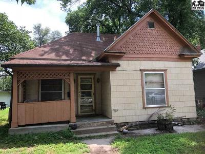 Hutchinson Single Family Home For Sale: 721 E 1st Ave