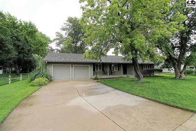 Hutchinson Single Family Home For Sale: 3302 Cornell Dr