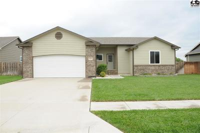 McPherson County Single Family Home For Sale: 613 Dull Knife St