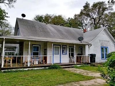 Burrton KS Single Family Home For Sale: $28,500