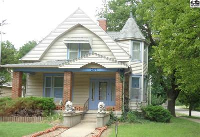 Lindsborg Single Family Home For Sale: 204 S Chestnut St