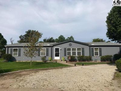 South Hutchinson Single Family Home For Sale: 121 N Maple St