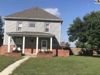 McPherson County Single Family Home For Sale: 121 N Jackson St