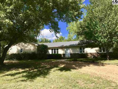 Reno County Single Family Home For Sale: 2000 E 35th Ave
