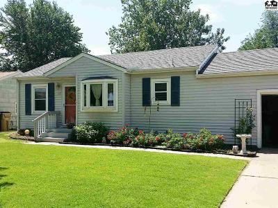 Reno County Single Family Home For Sale: 107 W 24th Ave