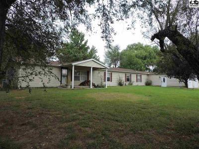 Hutchinson Single Family Home For Sale: 2906 E 95th Ave