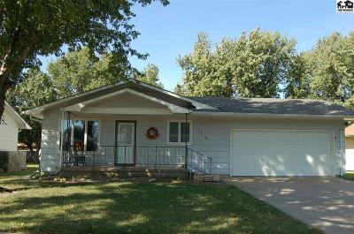 McPherson KS Single Family Home For Sale: $154,900