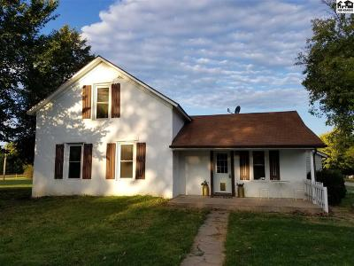 Marquette Single Family Home For Sale: 217 Eastmor Dr
