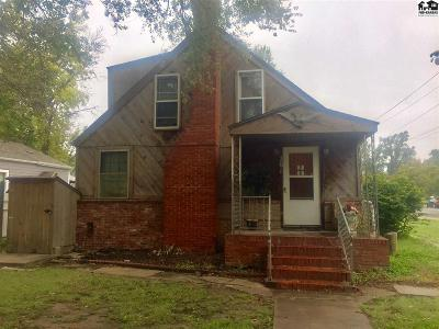 Single Family Home For Sale: 201 S High St
