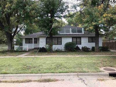 Lyons Single Family Home For Sale: 719 W Lyon