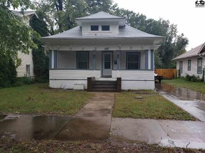 Hutchinson Single Family Home For Sale: 304 E 12th Ave
