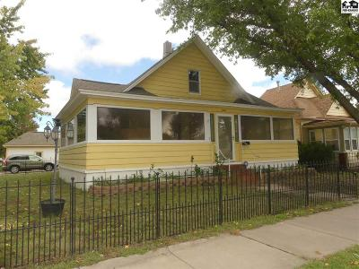 Hutchinson Single Family Home For Sale: 814 N Plum St