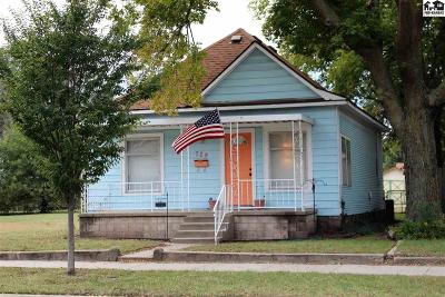 Hutchinson Single Family Home For Sale: 729 N Plum St
