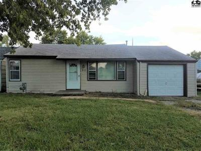 Single Family Home Sale Pending: 311 E Ave E