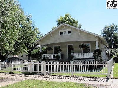 Hutchinson Single Family Home For Sale: 29 E 14th Ave
