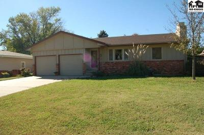 McPherson KS Single Family Home For Sale: $165,000