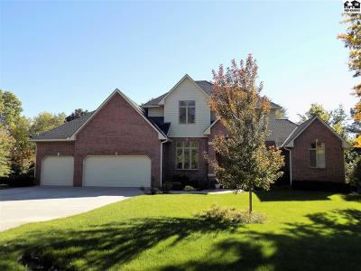 Hutchinson Single Family Home For Sale: 3900 Boxwood Ct
