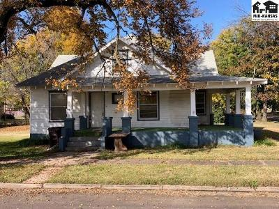 Canton Single Family Home For Sale: 108 E Allen St