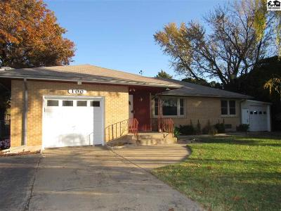 South Hutchinson Single Family Home For Sale: 100 E Forest Ave