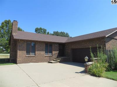 Pratt KS Single Family Home For Sale: $229,000