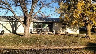 McPherson County Single Family Home For Sale: 305 N 6th St