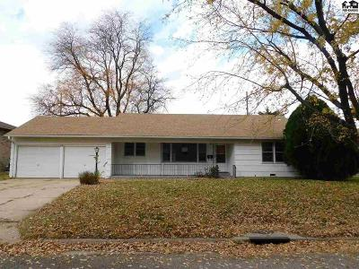 Reno County Single Family Home For Sale: 19 29th Ct