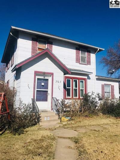 McPherson KS Single Family Home For Sale: $100,000