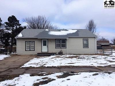 Hutchinson Single Family Home For Sale: 1208 E 5th Ave