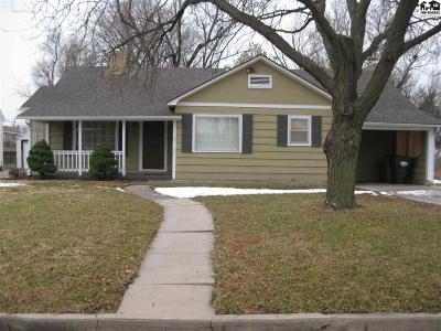 Hutchinson Single Family Home For Sale: 205 W 23rd Ave